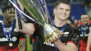 Saracens fly-half Owen Farrell eclipsed Zorld Cup winner Dan Carter in the victory over Racing 92