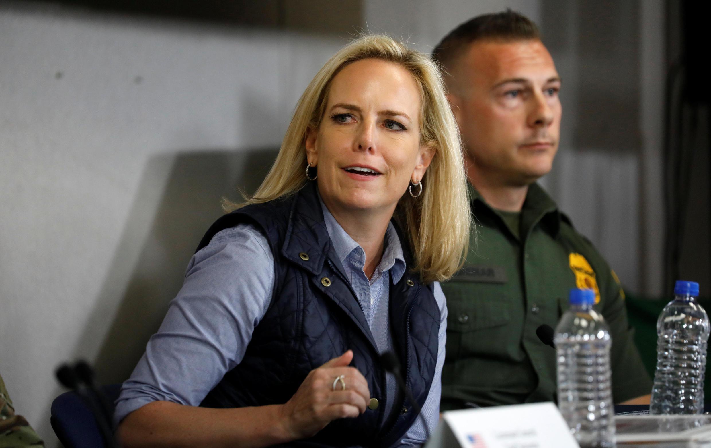 دفاع کریستین نیلسن از سیاستهای مرزی دونالد ترامپ در قبال پناهجویان غیرقانونی، با انتقادات شدیدی روبرو شد.