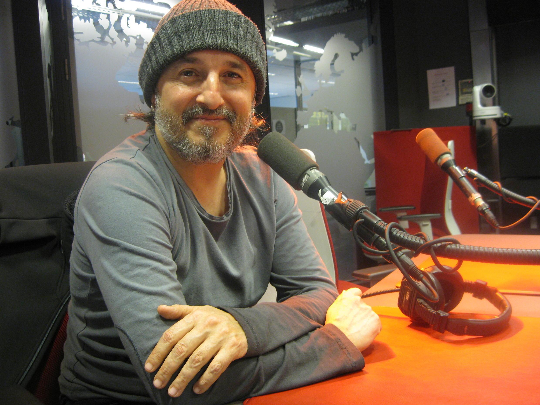 Mariano Casanova en los estudios de RFI.