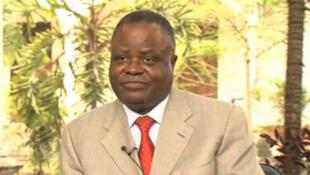 Pour Mathias Dzon, président de l'Alliance pour la République et la Démocratie, aller aux élections équivaudrait à «valider la forfaiture et reconnaître la Constitution alors qu'elle n'a pas été votée par les Congolais».
