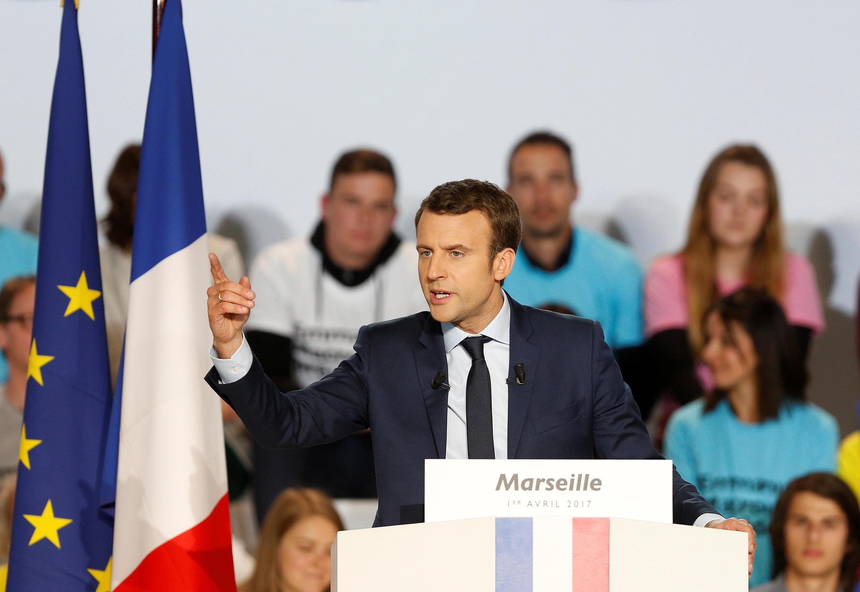 Emmanuel Macron atapambana baada ya wiiki mbili katika duru ya pili na Marine le Pen ambae ni mgombea wa chama chenye mrengo wa kulia cha National Front.