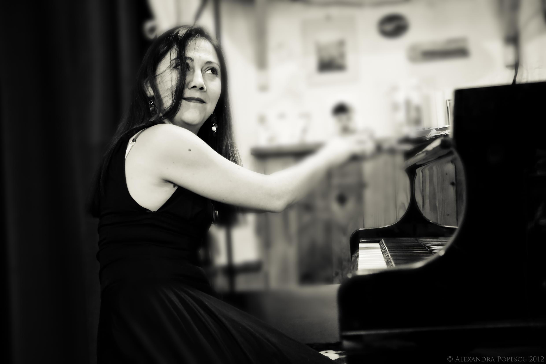 La pianista chilena María Paz Santibáñez.