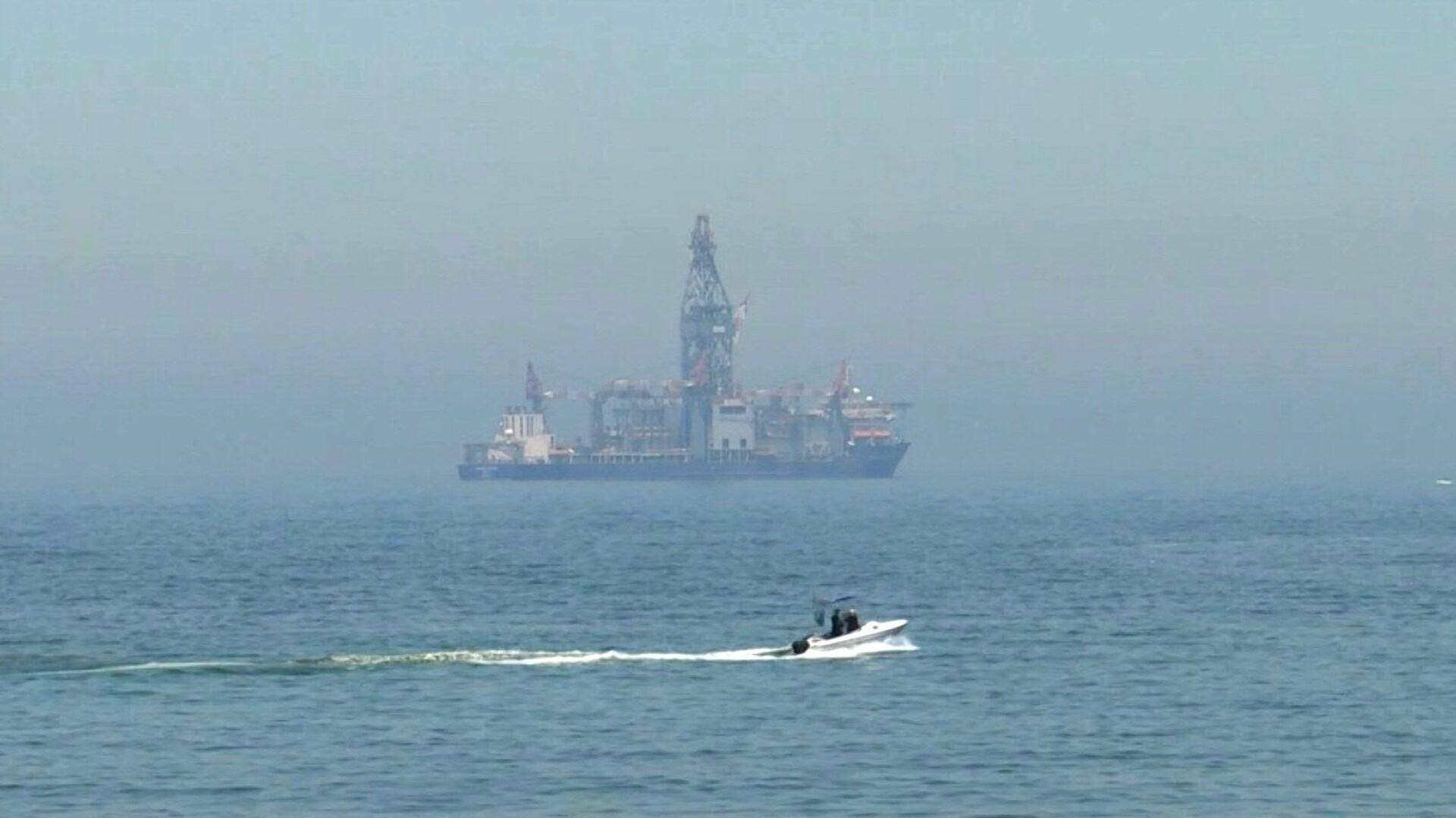 Le navire de forage Tungsten Explorer ancré au large de la côte de Dbayeh, au nord de Beyrouth (image d'illustration).
