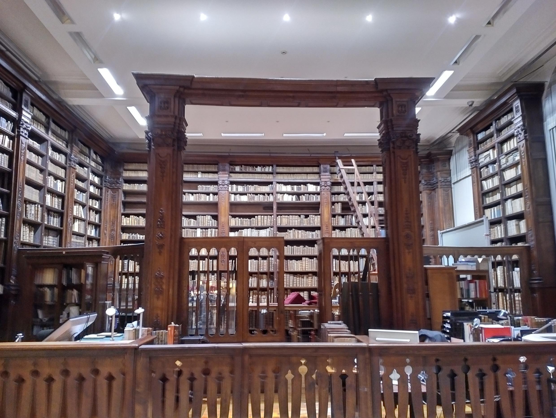 Un ángulo de la Biblioteca de Saint-Omer.