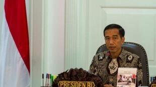 Joko Widodo thể hiện trái ngược với hình ảnh một nhà dân chủ trong thời gian tranh cử tổng thống. - REUTERS /Antara Foto /Ismar Patrizki