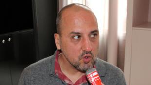 Pour Ahmet Şik, être inquiété par la police et la justice «fait partie de la routine» pour les journalistes professionnels en Turquie.