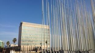 Ambassade américaine à La Havane, inaugurée le 20 juillet 2015, après 54 années de rupture des relations diplomatiques entre les deux pays. John Kerry y a hissé le drapeau américain le 14 août 2015.