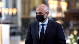 Foto tomada el 5 de julio de 2021, del secretario de Salud de Gran Bretaña, Sajid Javid, con una máscara protectora contra el coronavirus, llegando para un servicio de Acción de Gracias en la Catedral de San Pablo, en Londres, el 5 de julio de 2021.