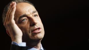 Avec Jean-François Copé, c'est toute la direction de l'UMP qui démissionne.
