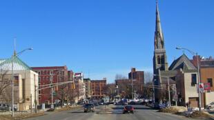 Centro de la ciudad estadounidense de Waterbury, estado de Connecticut.