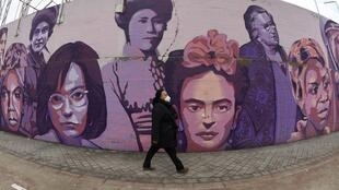 000_8ZH78R - MADRID-PEINTURE MURALE-FEMINISTE-FRESQUE