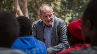Le représentant spécial des Nations unies David Shearer s'adresse à des anciens enfants soldats lors de leur cérémonie de libération à Yambio, au Soudan du Sud, le 7 février 2018. (Illustration)