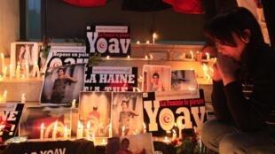 Tunis, le 17 janvier. Des Tunisiens de toutes confessions ont rendu un dernier hommage à Yaov Hattab, tué dans la prise de la porte de Vincennes, à Paris, le 9 janvier.