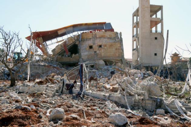 """Разрушенная больница, где работали сотрудники """"Врачей без границ"""" в Сирии, 15 февраля 2016 г."""