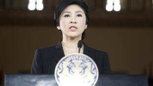 Thủ tướng Thái Lan Yingluck Shinawatra trong cuộc họp báo tại trụ sở chính phủ, Bangkok, 28/11/2013