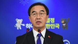 韩国统一部长官赵明均。