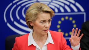 Ursula von der Leyen, en conférence de presse au Parlement européen, à Strasbourg, le 27 novembre 2019.