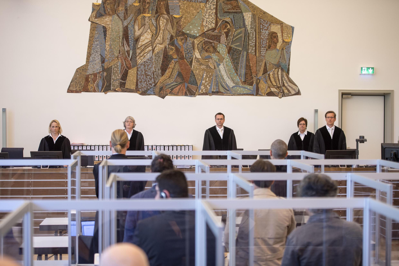 Abertura do julgamento de dois ex-agentes do regime sírio no Tribunal Superior de Koblenz, na Alemanha 23 de abril de 2020