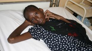 Una enferma de SIDA internada en un Centro de tratamiento en Niamey (Níger).