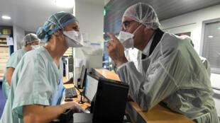 2020-11-20 france Strasbourg coronavirus prime minister castex hospital masks