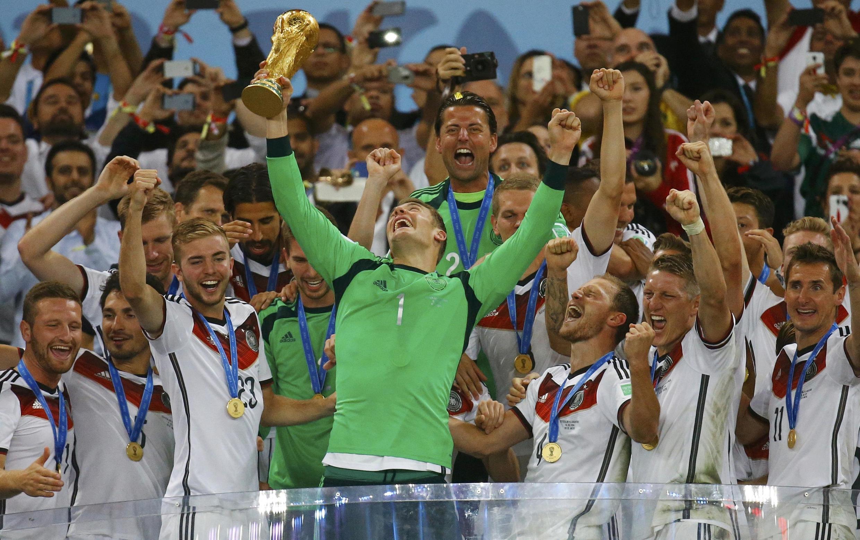 Sau năm tuần lễ nỗ lực, đội tuyển Đức đã trở thành vô địch bóng đá thế giới.