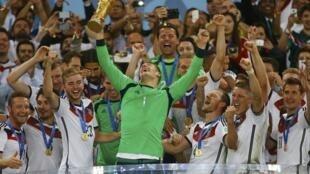 L'Allemagne,  championne du monde de football.