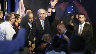 Les attentes sont nombreuses vis-à-vis du vainqueur des législatives du 17 mars, Benyamin Netanyahu, notamment à l'internationale.