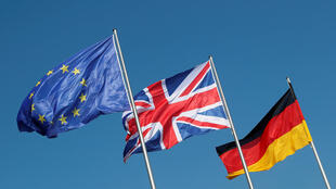 Europeus começaram a pedir resiência permanente em caso de Brexit