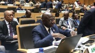 Téte António, secretário de Estado das Relações Exteriores de Angola