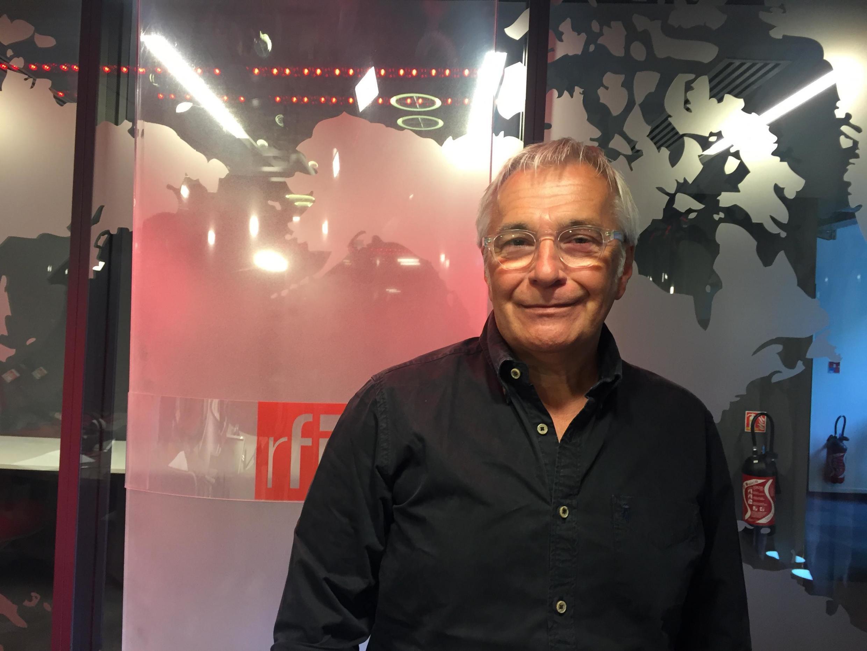 O psiquiatra Carlos Parada, radicado há mais de 30 anos na França, mas atuante também no Brasil.