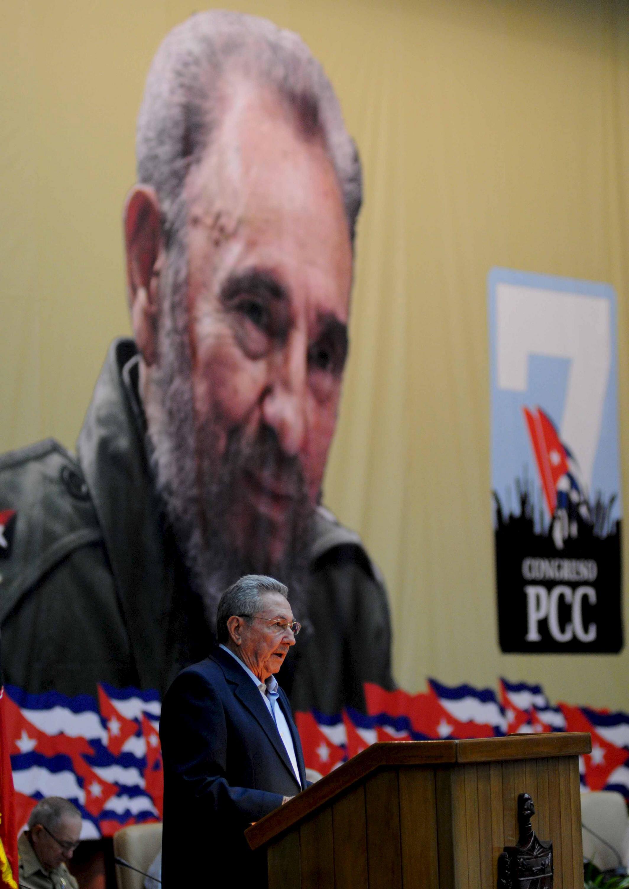 Chủ tịch Raul Castro phát biểu trong lễ khai mạc Đại hội Đảng Cộng sản Cuba lần 7 tại La Habana ngày 16/04/2016.
