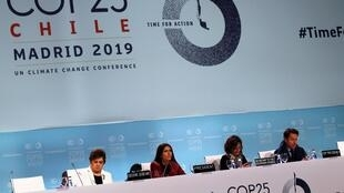 Chile's environment minister, Carolina Schmidt, (second from left) was president of the 2019 UN climate change conference in Madrid.