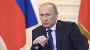 """O presidente da Rússia, Vladimir Putin, disse nesta terça-feira, 4 que envio de tropas russas para Ucrânia """"não é necessário no momento"""".."""