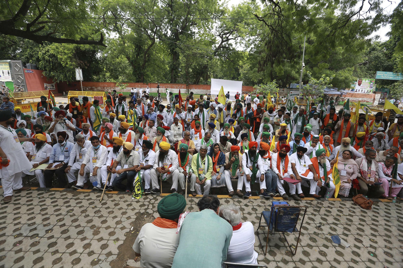 inde-agriculteurs-parlement-alternatif