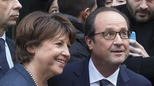 Lille mayor Martine Aubry (L) with President François Hollande