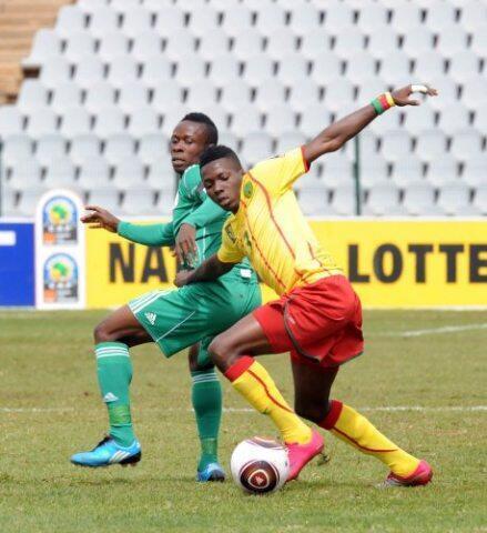 Wakati wa mechi kati ya Nigeria na Cameroon katika michuano ya Kombe la  Afcon kwa vijana wasiozidi miaka 17 mnamo mwaka 2011.