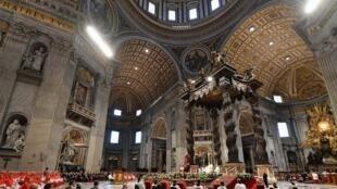 Cerimónia de elevação de novos cardeais no Vaticano. Basílica de São Pedro, 5 de Outubro de 2019.