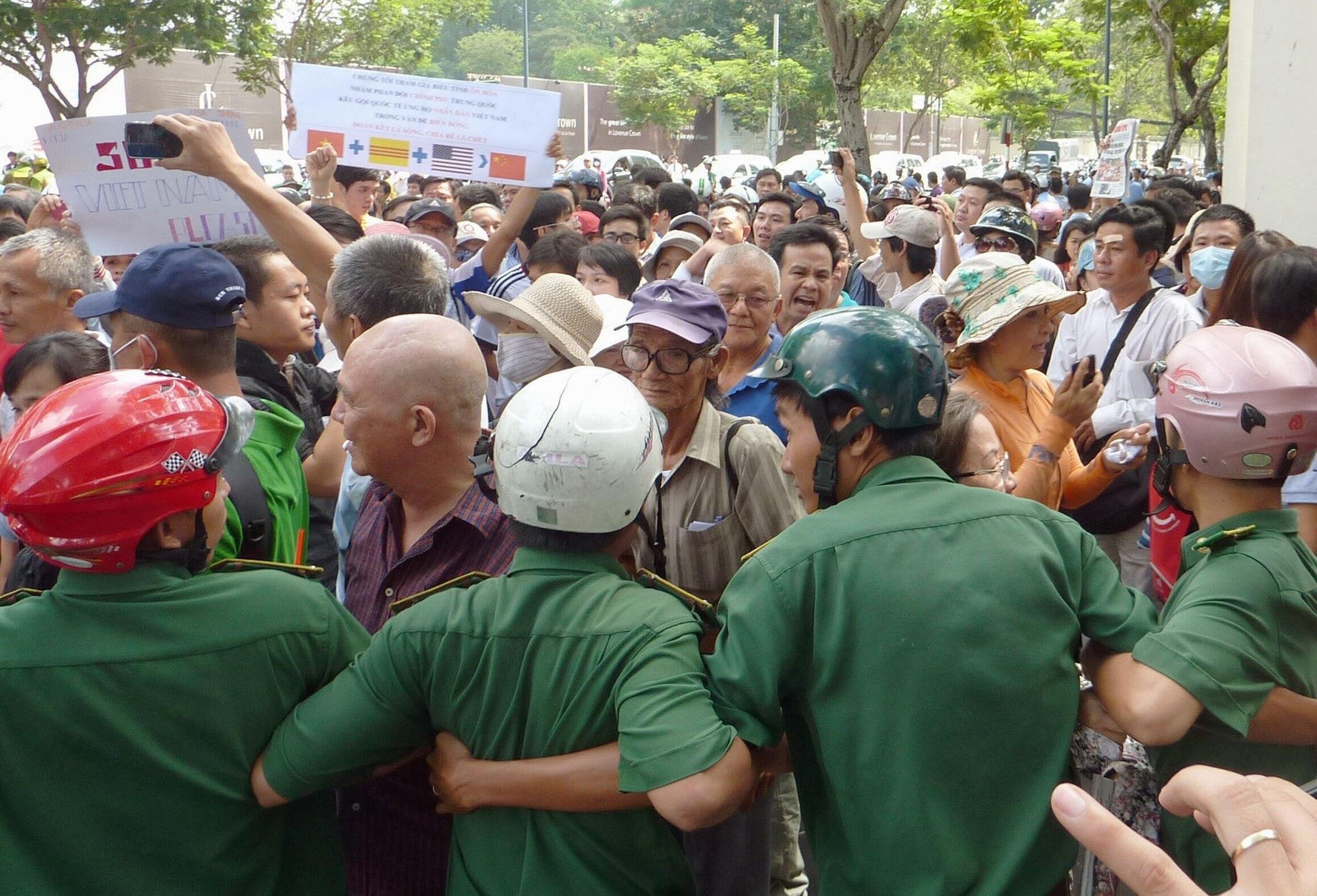 Một cảnh  biểu tình chống Trung Quốc tại TP Hồ Chí Minh ngày 18/05/2014