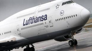 德汉莎航空闹罢工取消1300航班  影响18万旅客