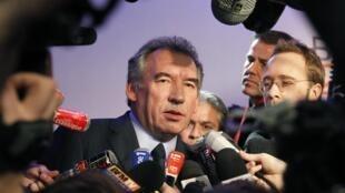 François Bayrou, candidato presidencial centrista del Modem, 3 de enero de 2012.