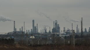 Jinling Oil Refinery in Qixia, Nanjing province. China is world's largest emitter of greenhouse gasses.