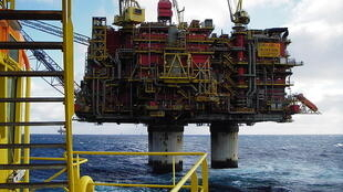 La plateforme pétrolière norvégienne Statfjord située à la limite des eaux britanniques.