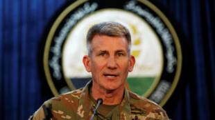 Tướng John Nicholson, chỉ huy lực lượng Mỹ tại Afghanistan, trong cuộc họp báo tại Kaboul, ngày 14/04/2017.