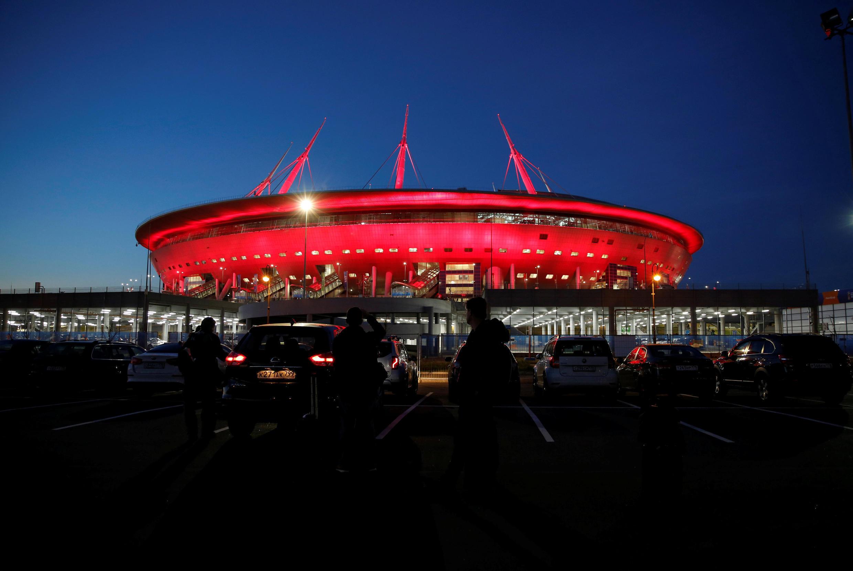ЧМ по футболу - стадион в Санкт-Петербурге