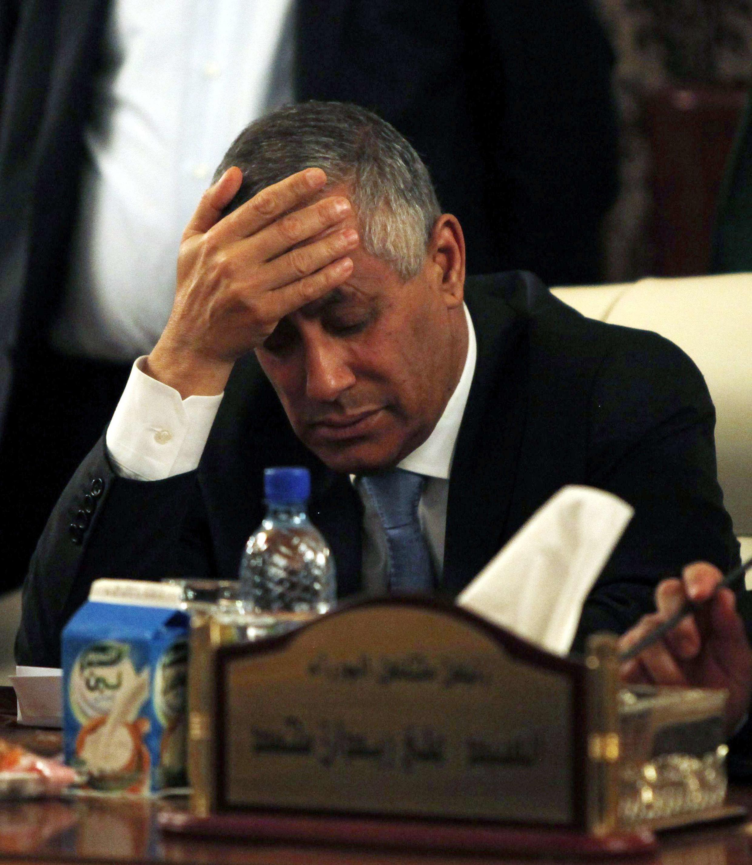 Ali Zeidan en conférence de presse après sa libération, le 10 octobre 2013 à Tripoli.