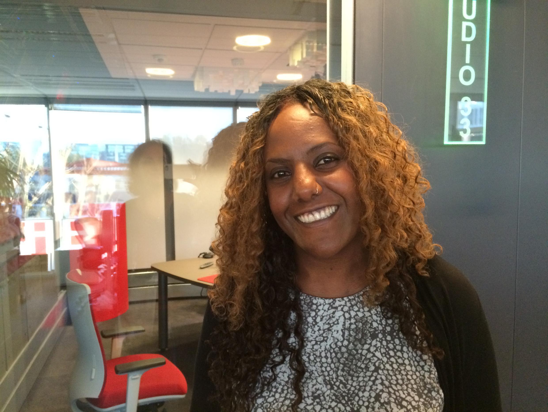 Meron Estefanos, érythréenne établie en Suède depuis 25 ans, anime «Les voix des réfugiés érythréens» sur la radio Erena.