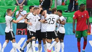 La joie des Allemands après le 3e but marqué contre le Portugal, lors de la 2e journée du groupe F à l'Euro 2020, le 19 juin 2021 à Munich