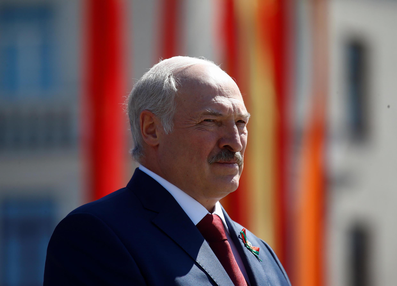 Российский президент пригласил Александра Лукашенко в ближайшее время посетить Россию, чтобы «детально обсудить весь спектр двусторонних отношений»