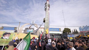 Los misiles iraníes Emad presentados durante la ceremonia por el 37 aniversario de la Revolución Islámica, en Teherán, el 11 de febrero de 2016.