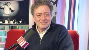 Martín Matalón en los estudios de RFI